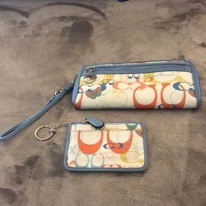 Coach Wristlet Wallet w/ free Keychain Wallet